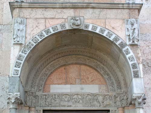 Cattedrale di piacenza facciata - Porta del cielo piacenza ...
