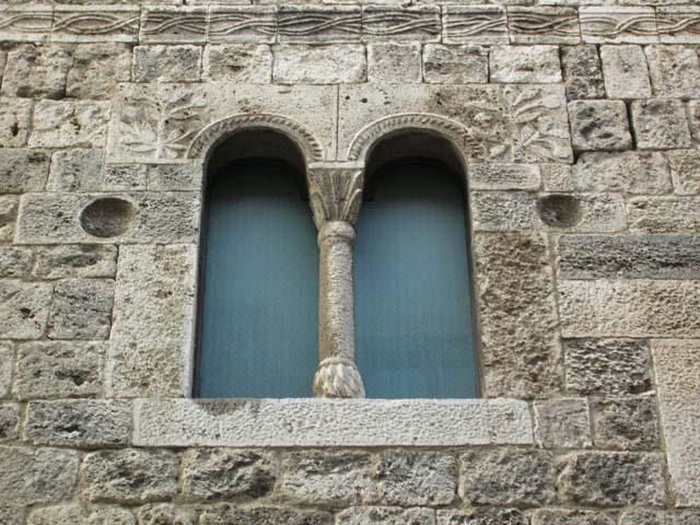 Edifici civili di ascoli - Finestre d epoca ...