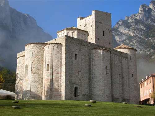 San Vittore San Vittore Alle Chiuse a
