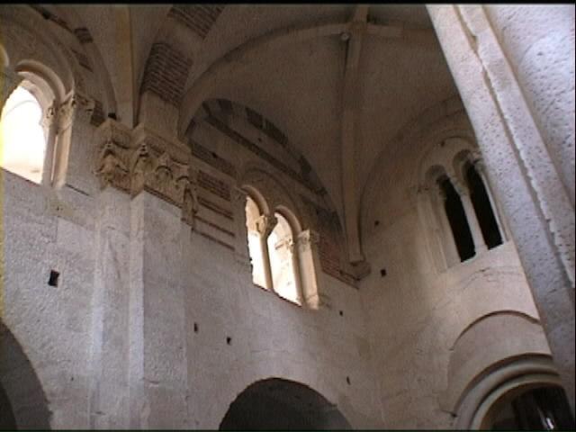 Sant 39 evasio a casale monferrato - Finestra che si apre sul lato superiore ...